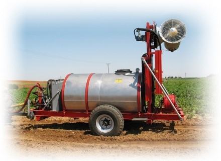 "Agricultural sprayer Trailed ""RAZ – 500 Canon"" sprayer"
